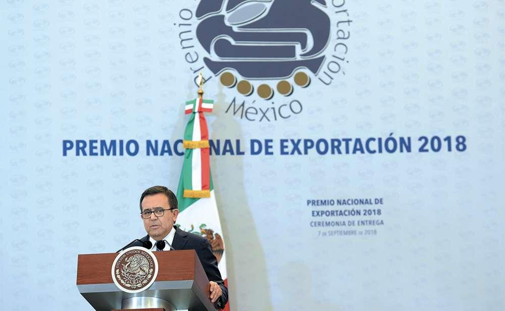 CONFIANZA. Ildefonso Guajardo, secretario de Economía. Foto: Especial