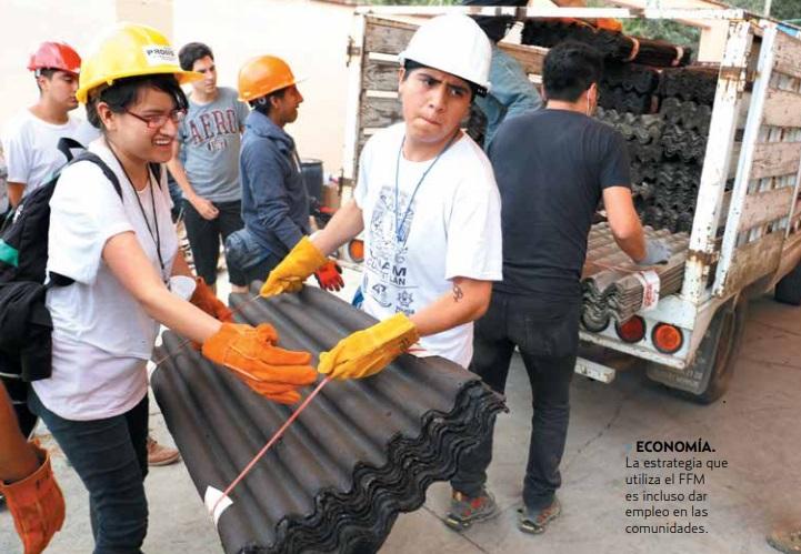 ECONOMÍA. La estrategia que utiliza el FFM es incluso dar empleo en las comunidades. Foto: Cuartoscuro