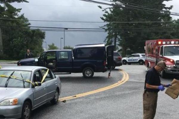 Medios locales indicaron que una mujer es la autora del tiroteo. FOTO: AP