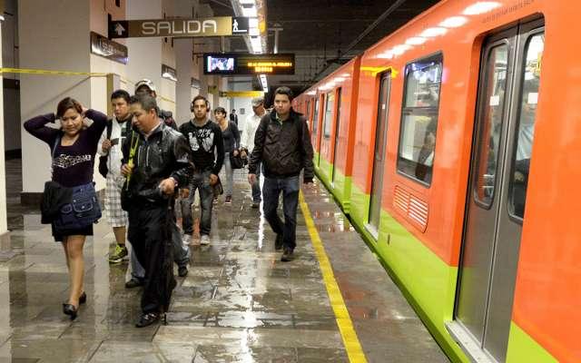 Por lluvia Metro aplica marcha de seguridad en 6 líneas