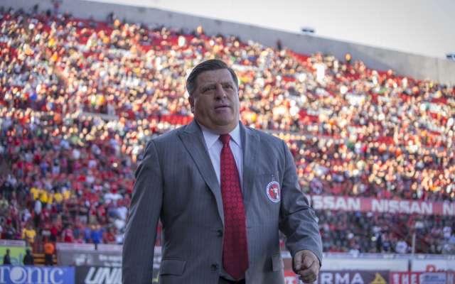 """""""Puebla está corriendo, tiene una gran labor colectiva para defender su arco y debemos estar atentos a eso"""", comentó Miguel Herrera. Foto: Cuartoscuro"""