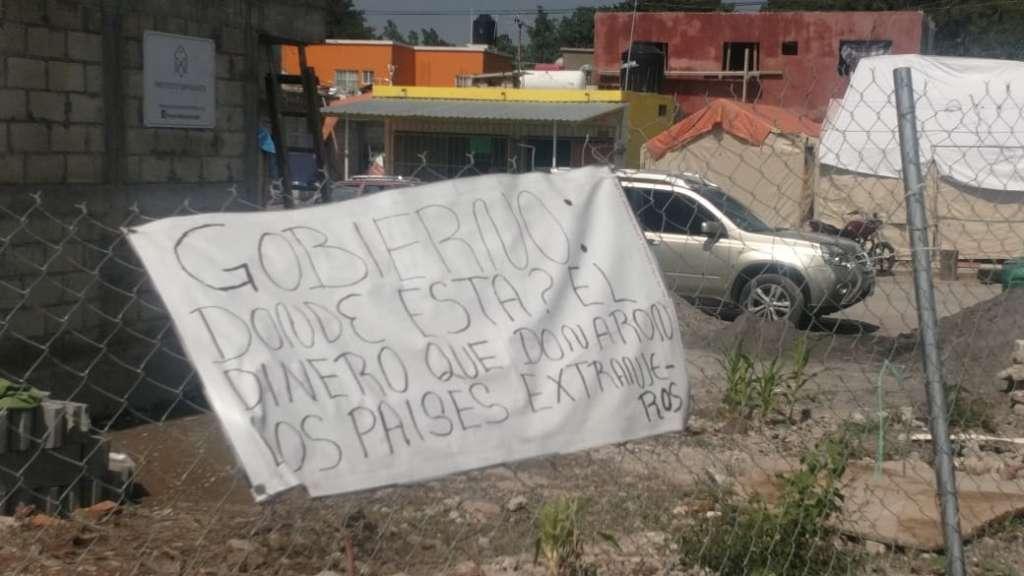 En Morelos, víctimas del sismo piden esclarecer destino de donativos extranjeros