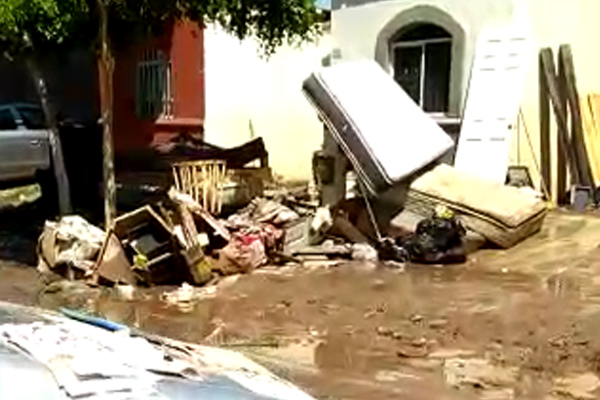 Las lluvias inundaron zonas urbanas. FOTO: ESPECIAL