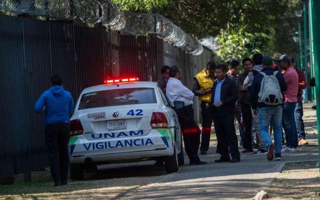 Vigilancia de la UNAM aumentó en la zona del Anexo de Ingeniería, en Ciudad Universitaria, luego de que el pasado viernes una balacera entre presuntos narcomenudistas dejó como saldo dos personas muertas