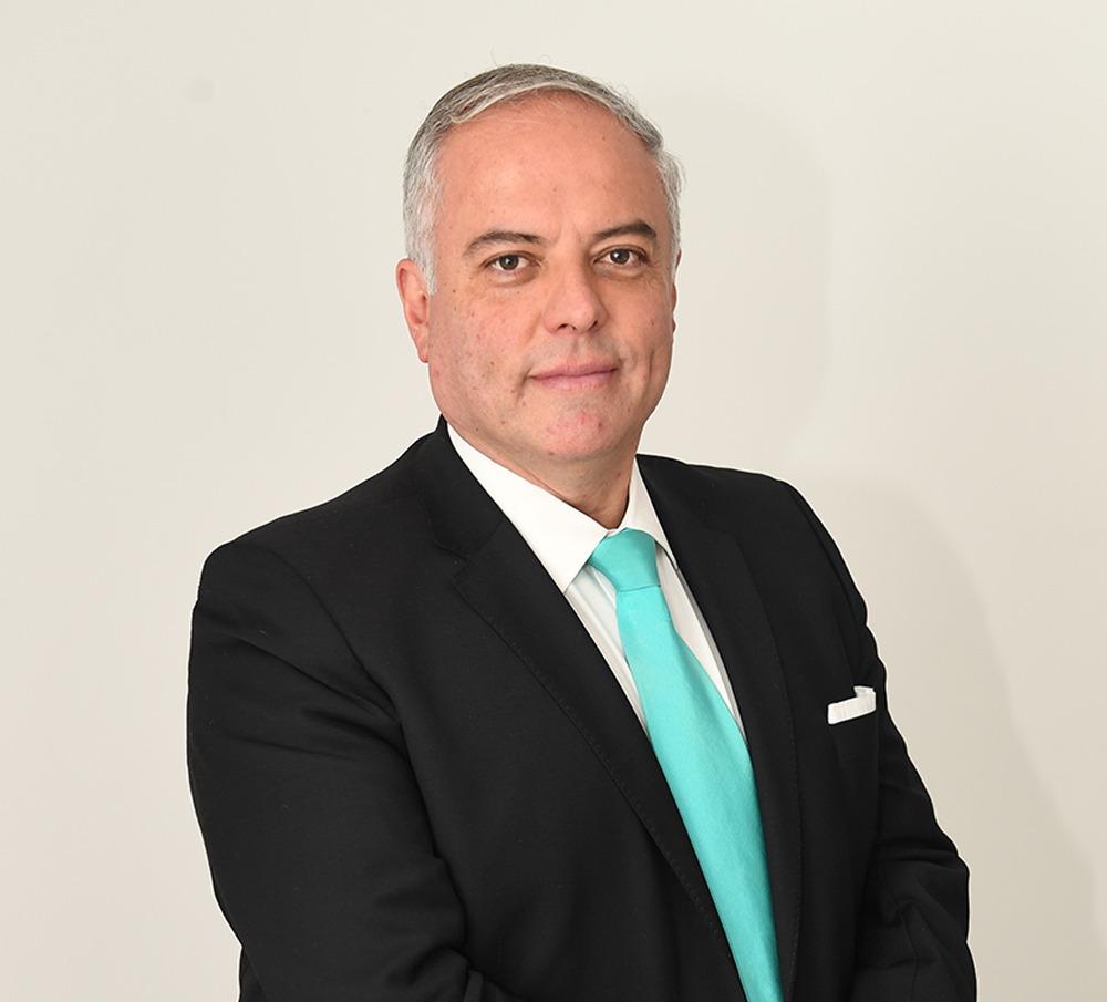 Enrique Rodríguez / Libertad bajo palabra / Heraldo de México