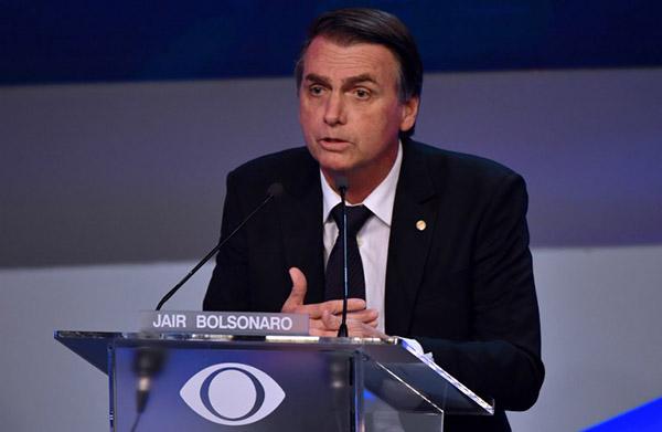Elcandidato delPartido Social Liberal fue trasladado de urgencia.  FOTO: AFP