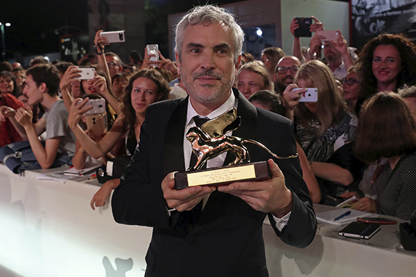 Cuarón ganó con Roma el León de Oro en Venecia. FOTO: AFP