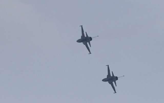 Aviones F5 sobrevolaron el primer cuadro de laCiudad de México. Foto: Bernardo Coronel / El Heraldo de México