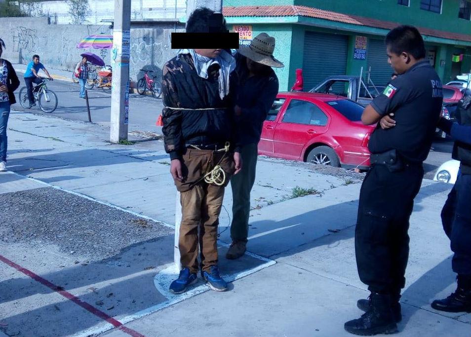 Apenas el pasado 19 de agosto pobladores de la comunidad Cañada Aviación en Actopan retuvieron y amarraron a un presunto delincuente acusado del robo a las viviendas