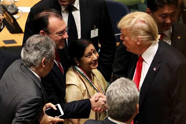 El titular de la Secretaría de Relaciones Exteriores (SRE) participa en un encuentro con líderes mundiales. FOTO: SRE