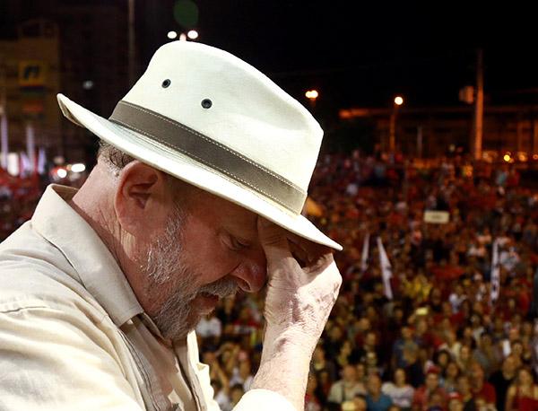 El organismo ejecutivo del Partido de los Trabajadores de Brasil decidió el martes que Fernando Haddad será su candidato. FOTO: REUTERS