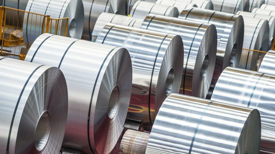 México anunció el 28 de agosto que iniciará una investigación sobre el papel de aluminio chino, un día después de que el presidente estadounidense, Donald Trump, que ha impuesto aranceles del 10 por ciento a las importaciones de aluminio. Foto Reuters