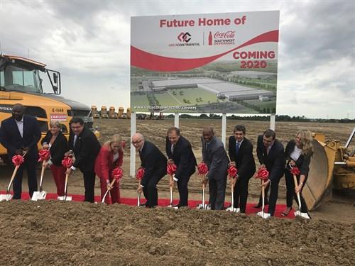 La mexicana Arca Continental inicia planta de 250 mdd en territorio de Trump. Foto: Arca Continental