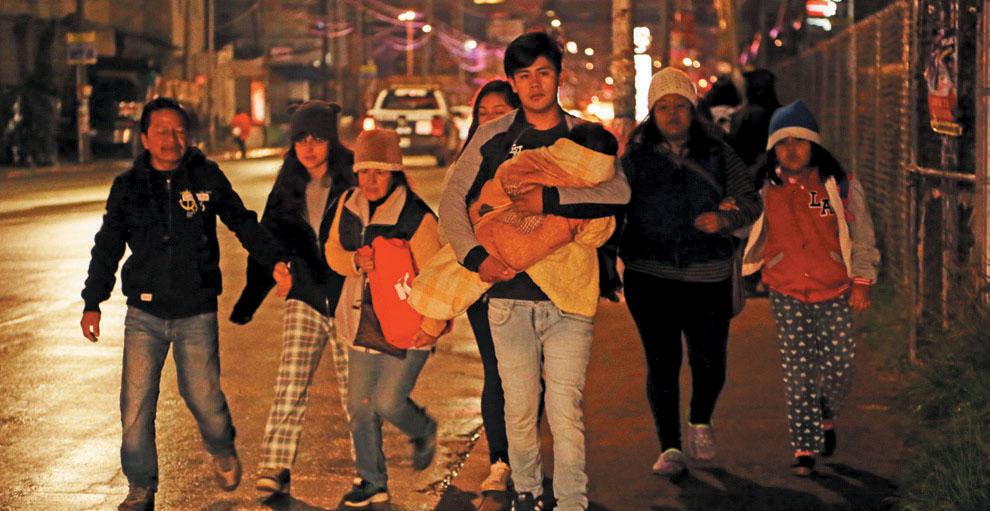 5:00 am Habitantes de colonias al norte de la capital detectan un fuerte olor a gas; alertan a la autoridad. FOTOS: ENFOQUE