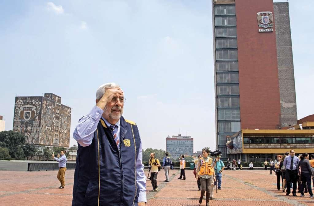 El rector Graue agradeció el ofrecimiento del GCDMX. FOTO: ARCHIVO/ CUARTOSCURO