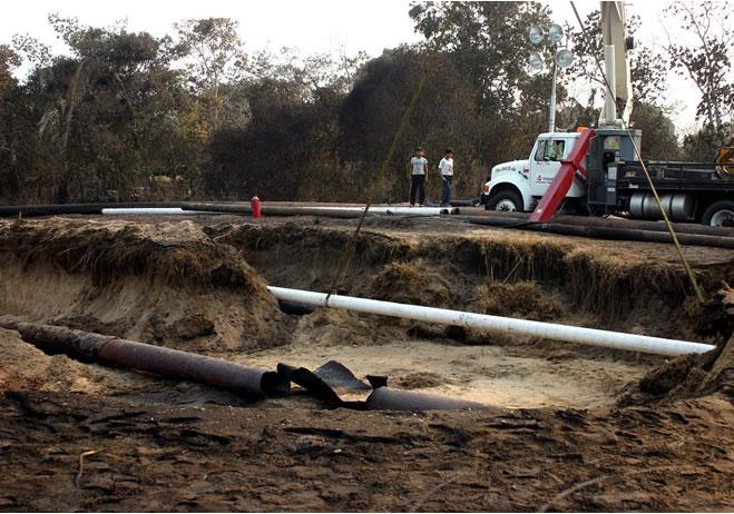 CRE aprueba poliducto que transportará 120 mil barriles de combustibles. Foto: Cuartoscuro.com