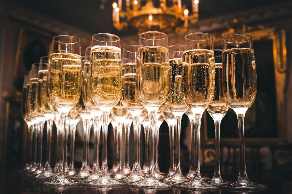 El champagne es una de las bebidas alcohólicas que menos engordan. Foto: Especial