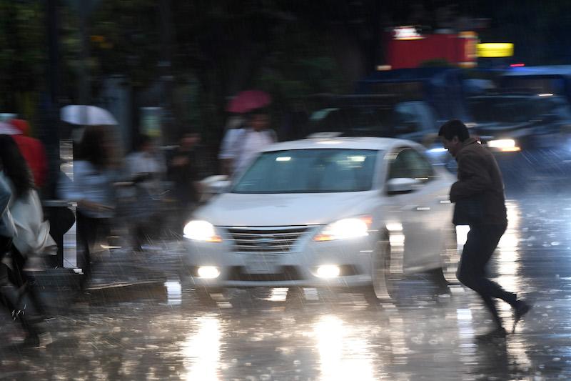 Lluvia y granizo provocan inundaciones al sur y poniente de la CDMX. Foto: Pablo Salazar Solís /  Heraldo de México.