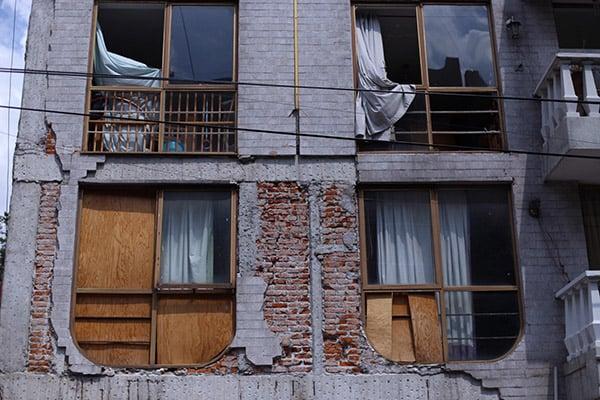 A través del Fondo Nacional de Desastres Naturales (Fonden), el gobierno federal otorgó apoyo a las familias damnificadas en estas entidades. FOTO: CUARTOSCURO