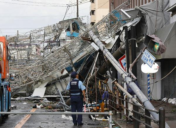 Más de 1,4 millones de hogares y edificios se quedaron sin electricidad. FOTO: AFP