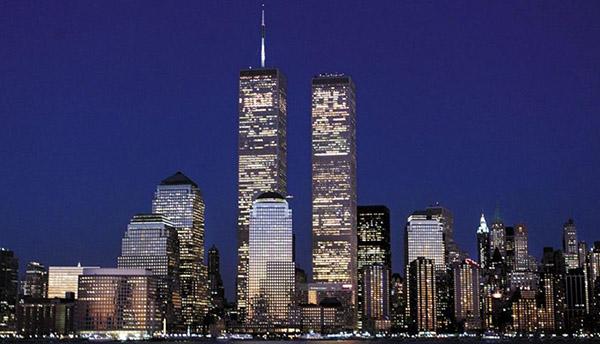 Foto de las Torres Gemelas antes del ataque del 11 de septiembre de 2001. FOTO: AP