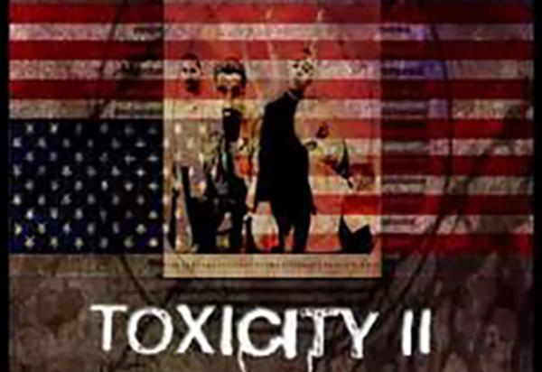 Toxicity formó parte del segundo disco de System of a down, el cual fue lanzado el 4 de septiembre de 2001 por American Recordings.
