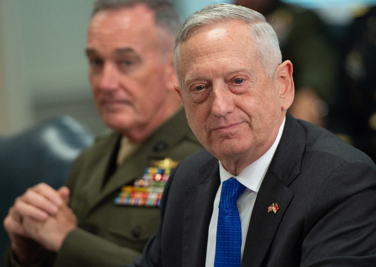 En la mira,  Jim Mattis, secretario de Defensa de Trump. Foto: AP Photo/Andrew Harnik.