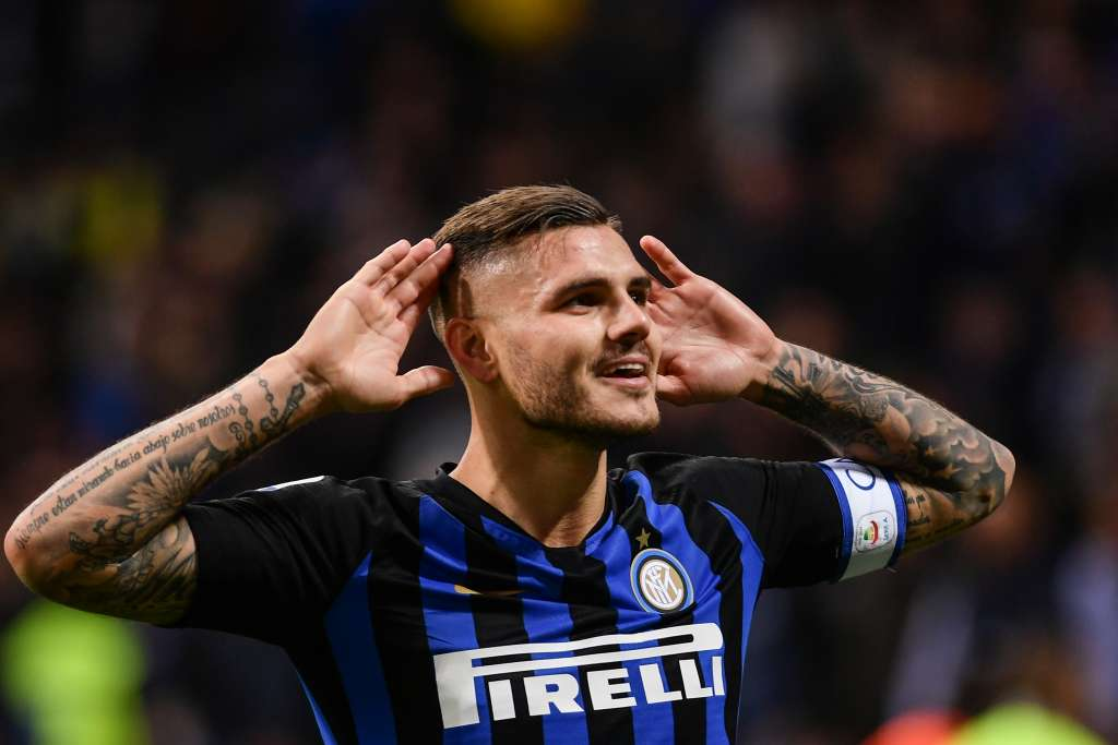 Inter Milan's Argentine forward Mauro Icardi celebrates after scoring during the Italian Serie A football match Inter Milan vs AC Milan on October 21, 2018 at the San Siro stadium in Milan. (Photo by Marco BERTORELLO / AFP)