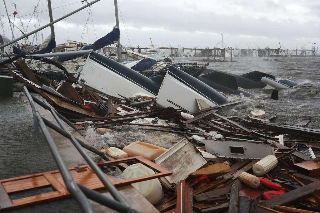 El huracán tocó hoy tierra como categoría 4 cerca de Mexico. FOTO: AFP