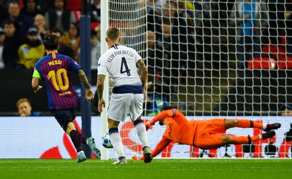 El astro Lionel Messi parece decidido a suceder a Cristiano Ronaldo como máximo realizador de la Champions. Foto: REUTERS