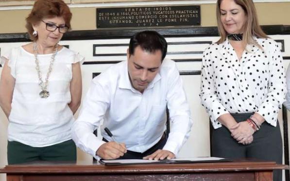 Gobernador Mauricio Vila renuncia a algunas prestaciones en Yucatán