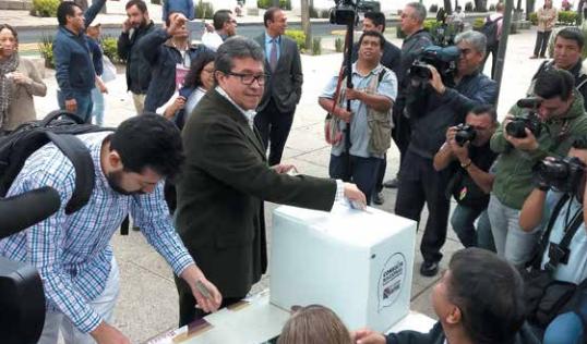 M. Monreal pidió a la ciudadanía participar en este tipo de ejercicios. FOTO: EVERARDO MARTÍNEZ