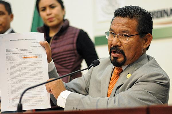 El legislador asegura tener un documento firmado. FOTO: CUARTOSCURO