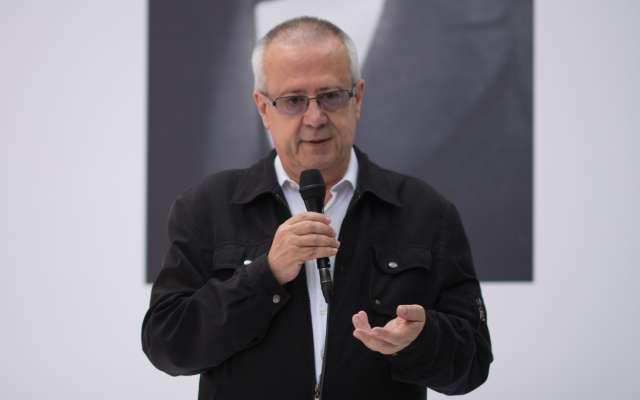 Carlos Urzúa añadió que tomará en cuenta todos los programas sociales y los programas de inversión pública
