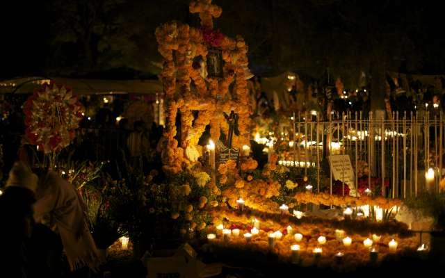 El Día de muertos, una fecha para recordar a los difuntos y unir a las familias. Foto: Especial