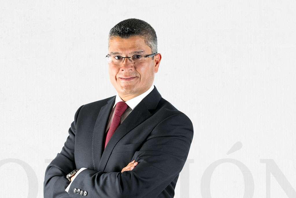 Jaime Núñez / Al mando / Heraldo de México