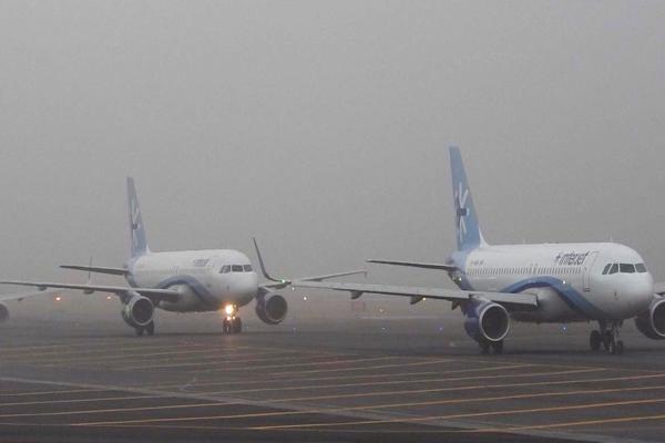 El AICM dijo que los aterrizajes y despegues se llevan a cabo por responsabilidad y decisión de los pilotos. Foto: Archivo | Cuartoscuro