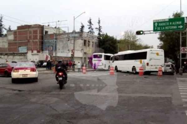 @OVIALCDMX señaló que está cerrada la circulación en Eje 1 Poniente Bucareli a partir de Morelos. Foto: @ OVIALCDMX