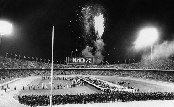 DESPEDIDA. El marcador electrónico del Olímpico anunció la cita de los Juegos de 1972.  Foto: AP