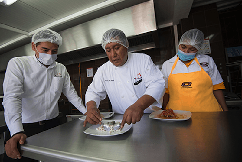Garantizan alimentos certificados. Foto: La Cosmopolitana.
