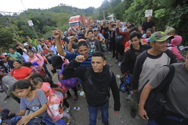 La Caravana Migrante partió de San Pedro Sula (norte de Honduras) con el objetivo de llegar a Estados Unidos. Foto: EFE