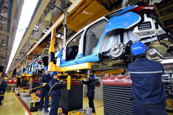 En el acumulado de nueve meses, las ventas a otros países de las fábricas instaladas en México sumaron 2 millones 570 mil unidades