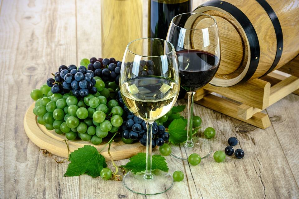La Rioja, España, fue la primera región de ese país donde se comenzó a embotellar el vino, en el siglo XIX. Foto: Especial