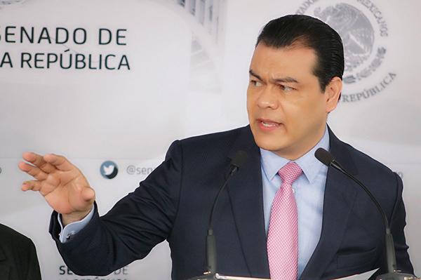 No es la primera ocasión que el excandidato a la gubernatura del Estado de México manifiesta su interés en dirigir el sol azteca. FOTO: TWITTER