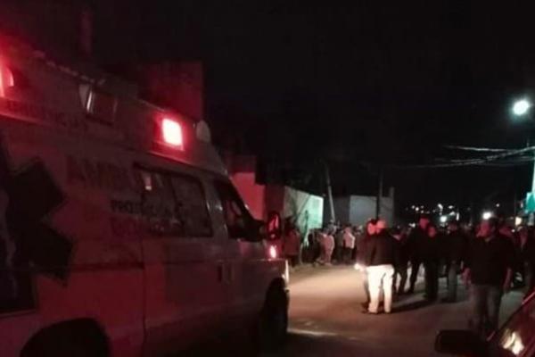 Los linchados fueron rescatados por la policía. FOTO: ESPECIAL