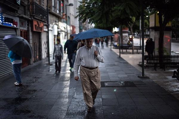Las autoridades capitalinas piden tomar las precauciones necesarias. Foto: Cuartoscuro