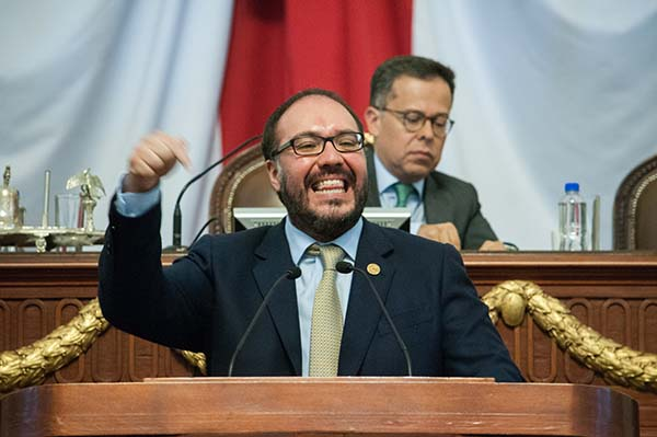 Mauricio Toledo, diputado federal perredista. FOTO: CUARTOSCURO