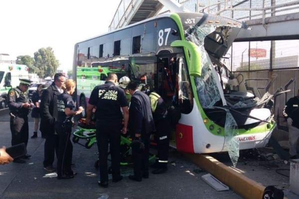 El número de personas lesionadas aumentó a 22 a 25. Foto: Especial