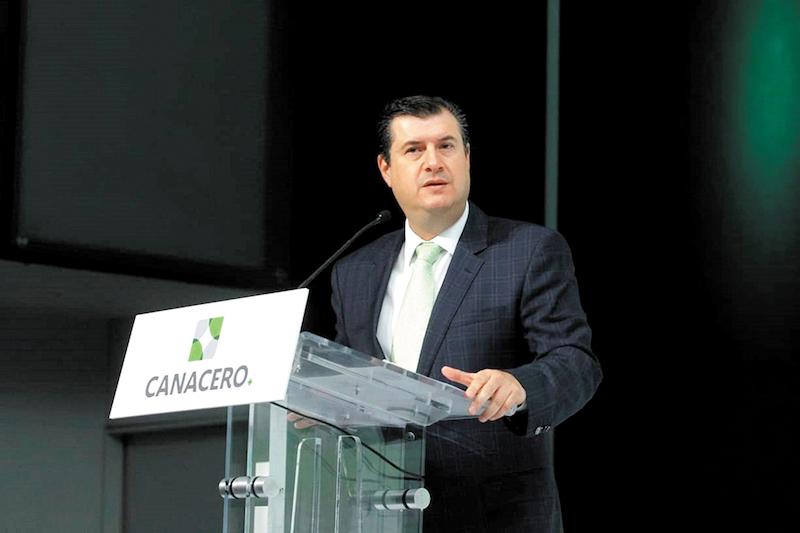El Subsecretario de Industria y Comercio, Rogelio Garza Garza, de la Secretaría de Economía, asegura que la firma del tratado no está en riesgo. Foto: Notimex.