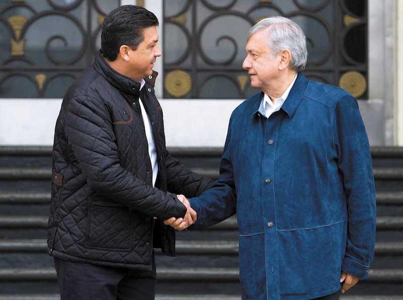 El presidente electo Andrés Manuel López Obrador se reunió con el gobernador de Tamaulipas, Francisco Javier García Cabeza de Vaca. NOTIMEX/FOTO/FRANCISCO ESTRADA/FEM/POL/